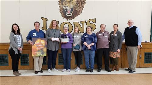 First St. Charles UMC makes generous donation to Lincoln Elementary