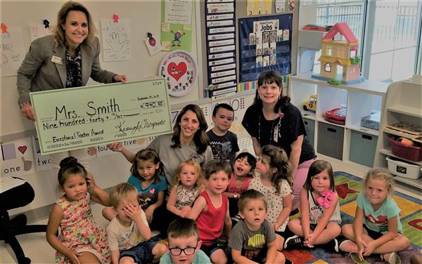 ECC teacher wins award